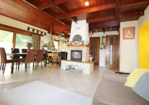Szigetszentmártonban, Dunához közel családi ház eladó!