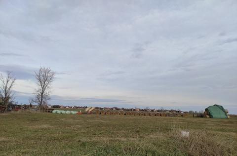 Eladó lakóövezeti telek Kunszentmiklóson.