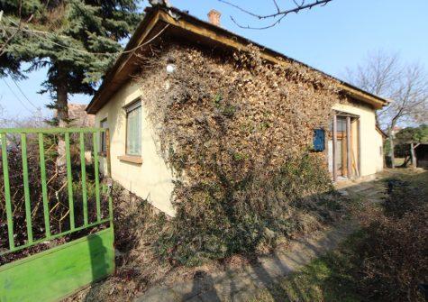 Dunavarsányban felújítandó családiház eladó!